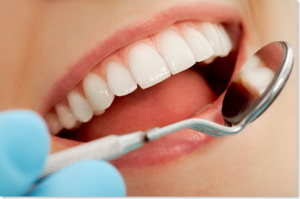cosmetic-dentistry-5-benefits-to-having-whiter-teeth_thumb1